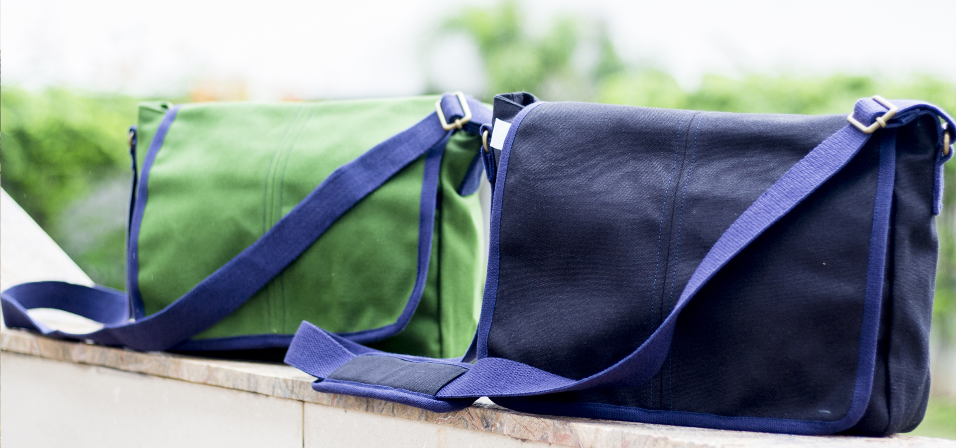 canvas messenger bag eco-friendly